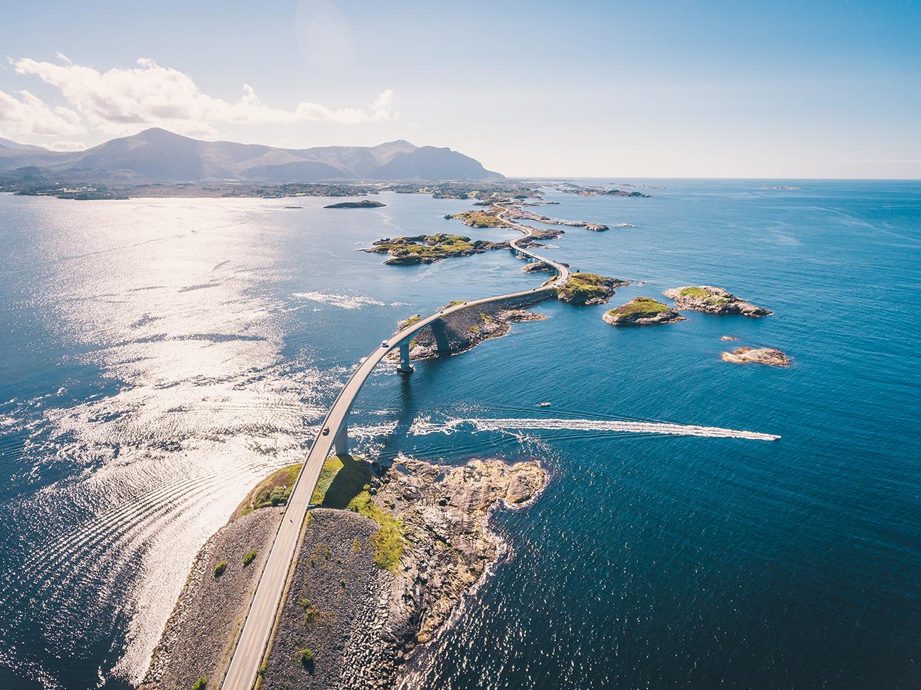 beautiful bridges crossing the Norway archipelagos