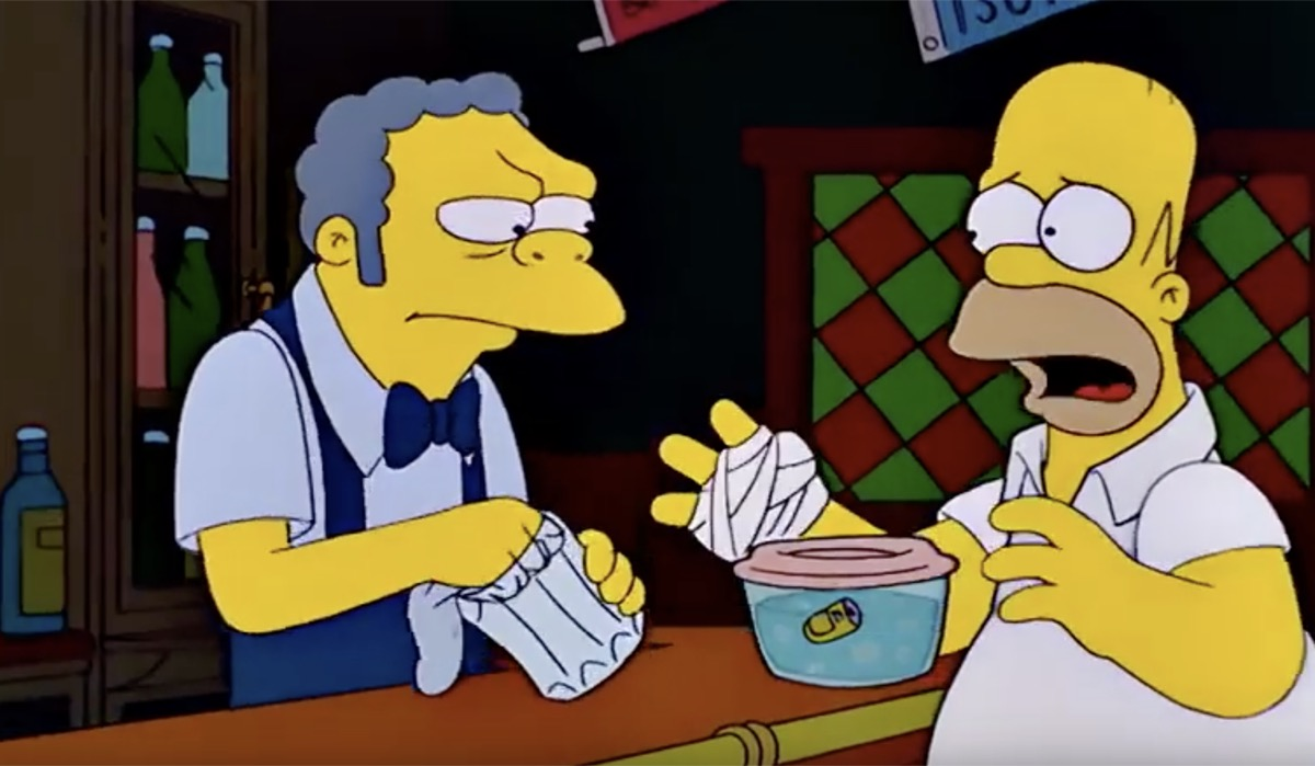 homer cutting off his thumb in an episode of the simpsons