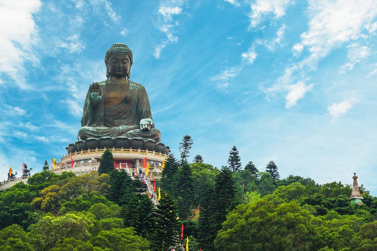 the giant tian tan buddha statue hk
