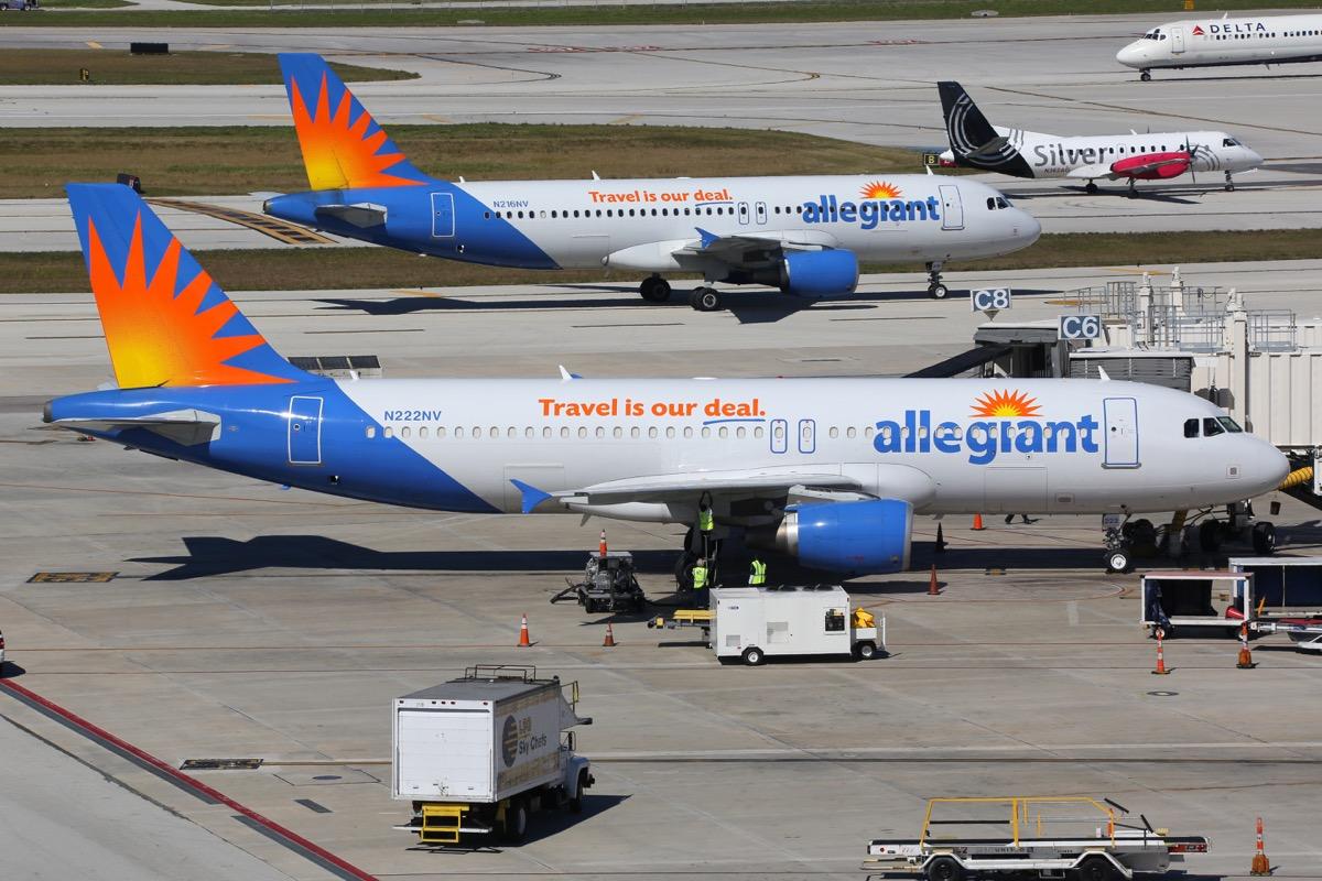 allegiant airline planes