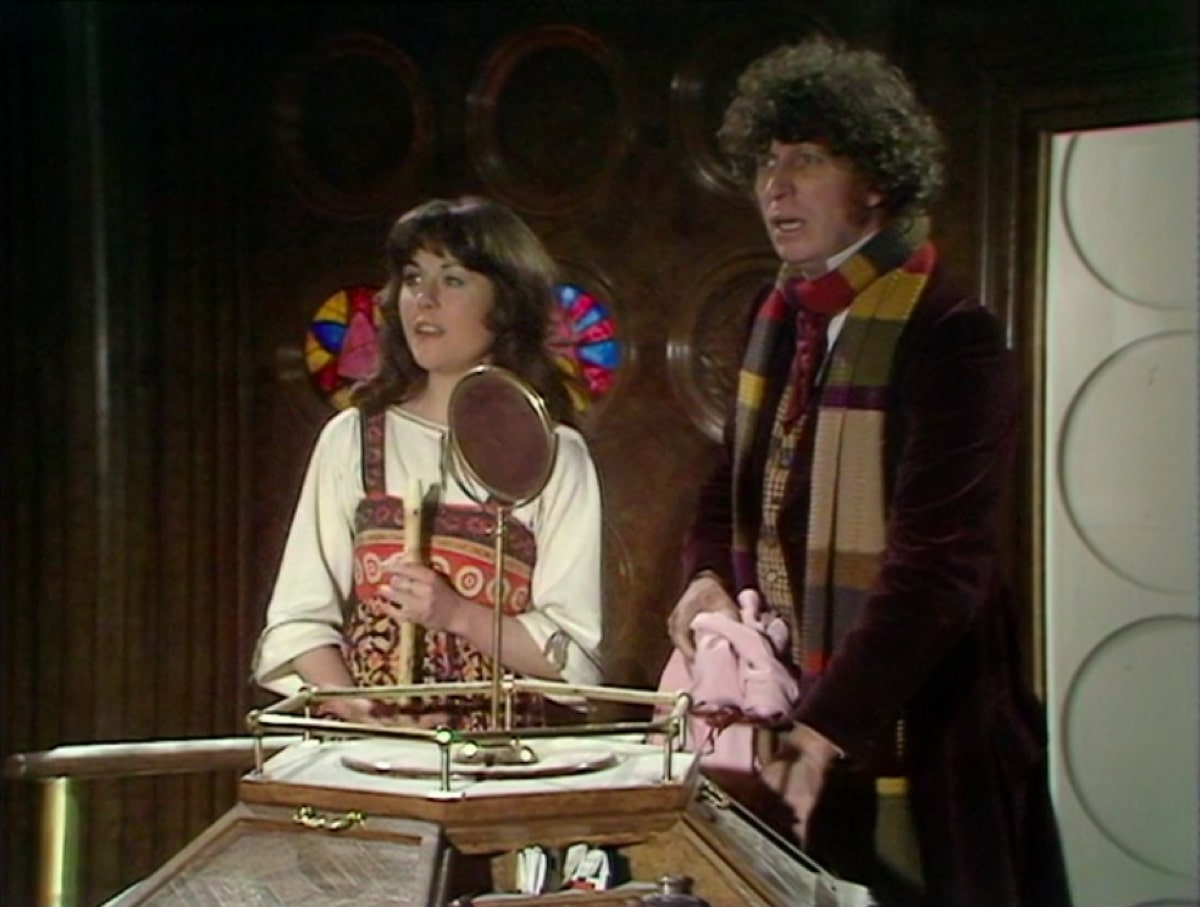 Elisabeth Sladen as Sarah Jane Smith and Tom Baker as the Doctor in Classic Doctor Who