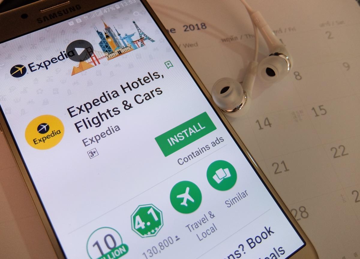 expedia app on phone
