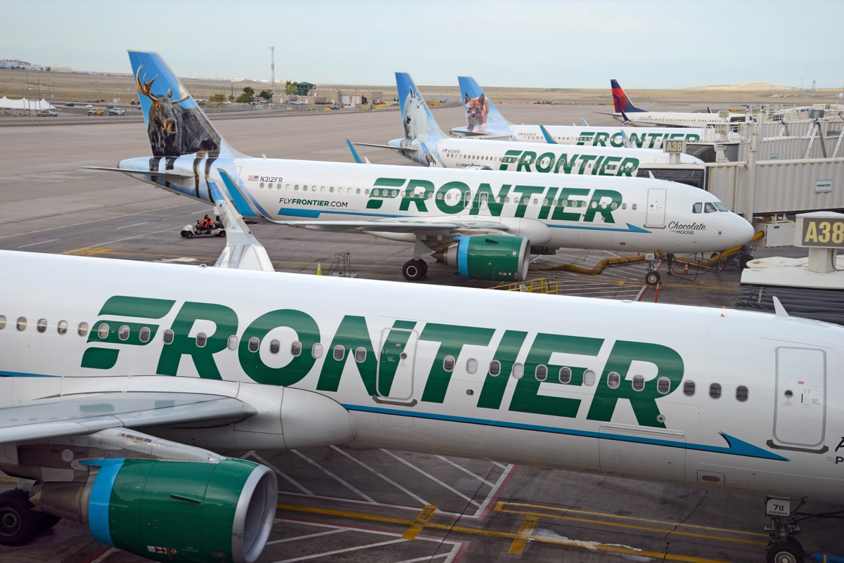frontier airline planes