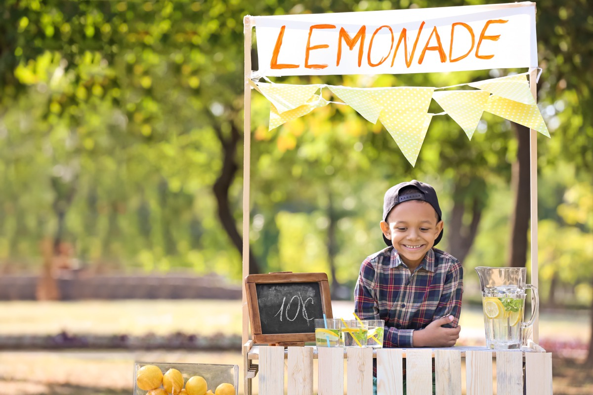 Kid having a lemonade stand