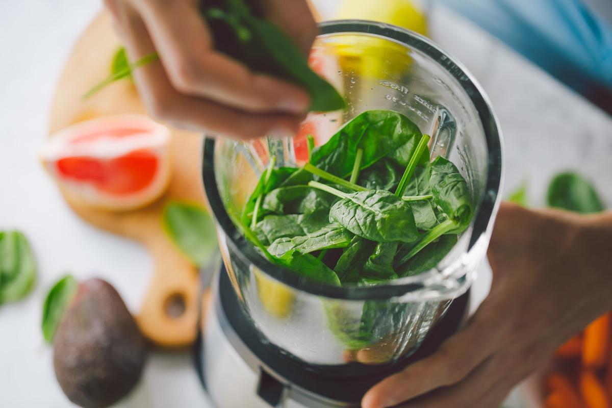Spinach smoothie in blender