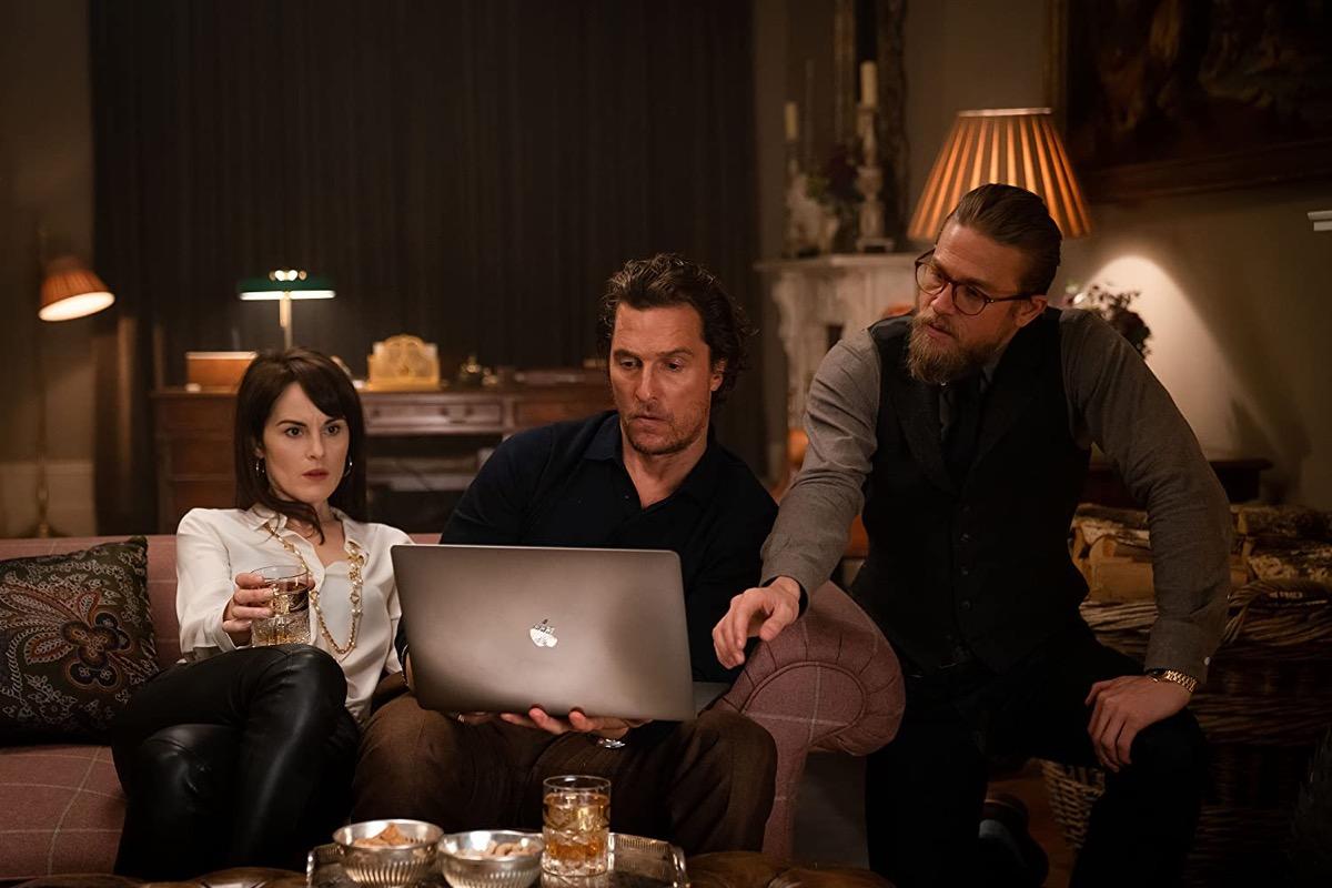 Michelle Dockery, Matthew McConaughey, and Charlie Hunnam in The Gentlemen