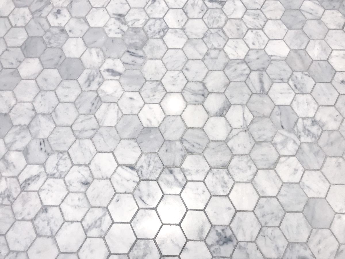hexagon background tile on bathroom floor
