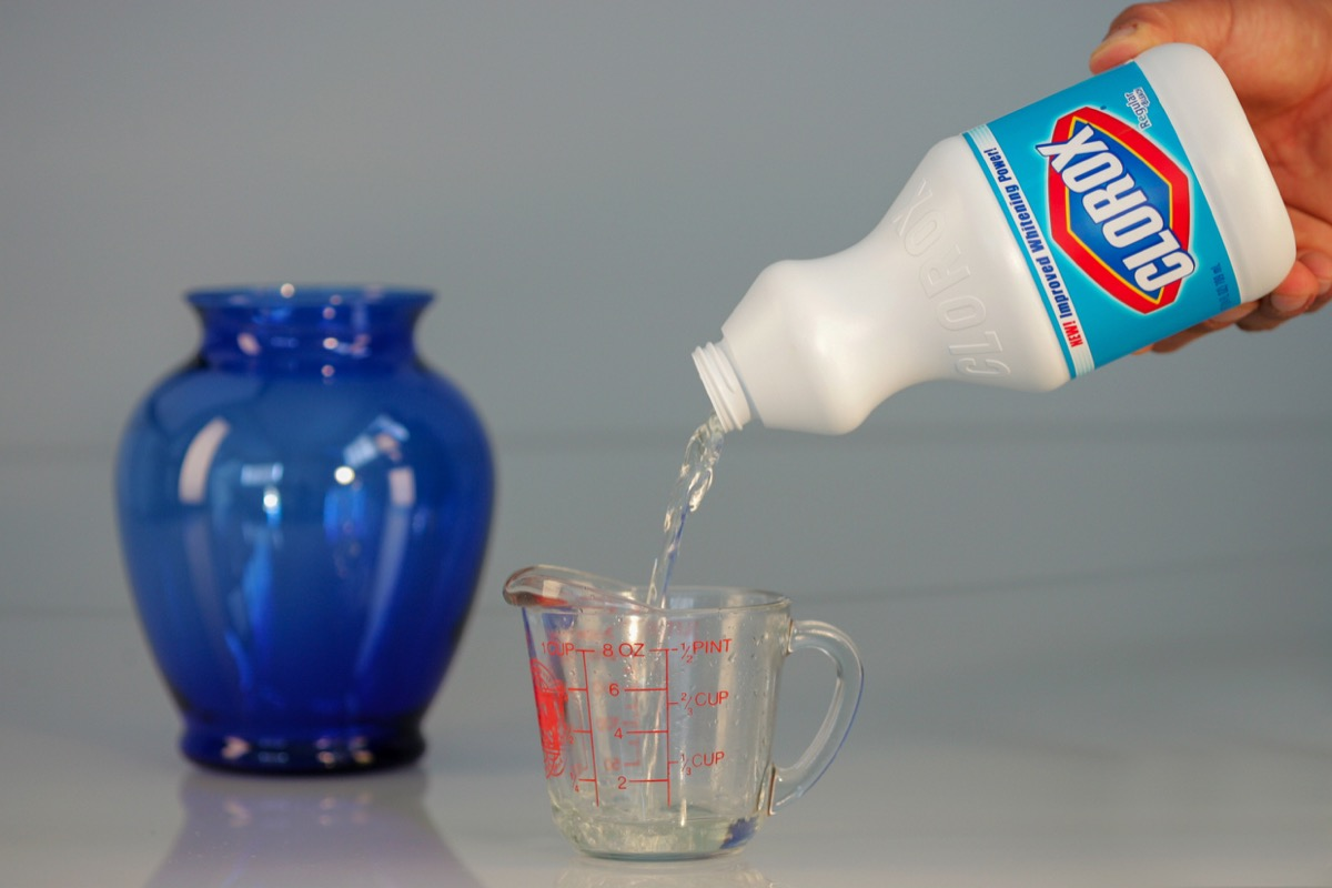 Measuring bleach to dilute it and use as a disinfectant