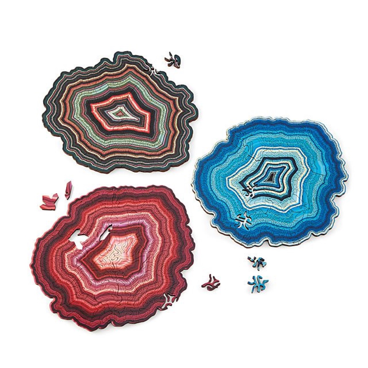 puzzle that looks like three geode slices