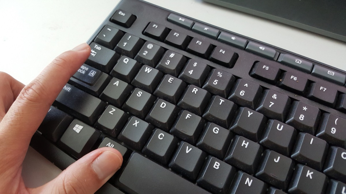 hand using keyboard shortcut
