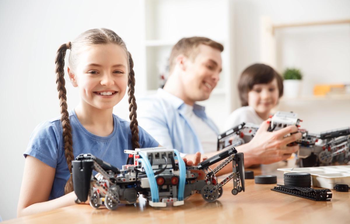 Family building lego ships