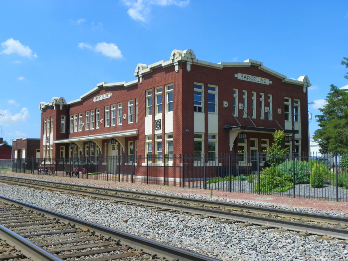 Old Santa Fe Railroad Depot Walt Disney Hometown Museum