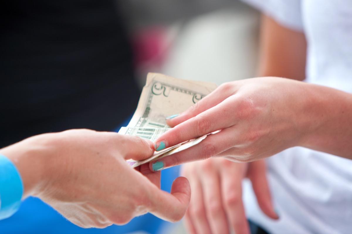 Cash tip