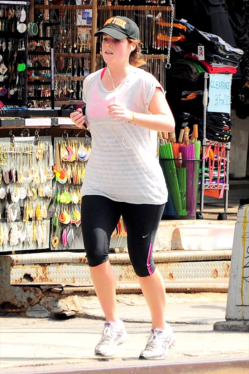 Princess Eugenie's cheeks look flushed as she jogging down Brooklyn Bridge in downtown Manhattan in 2014