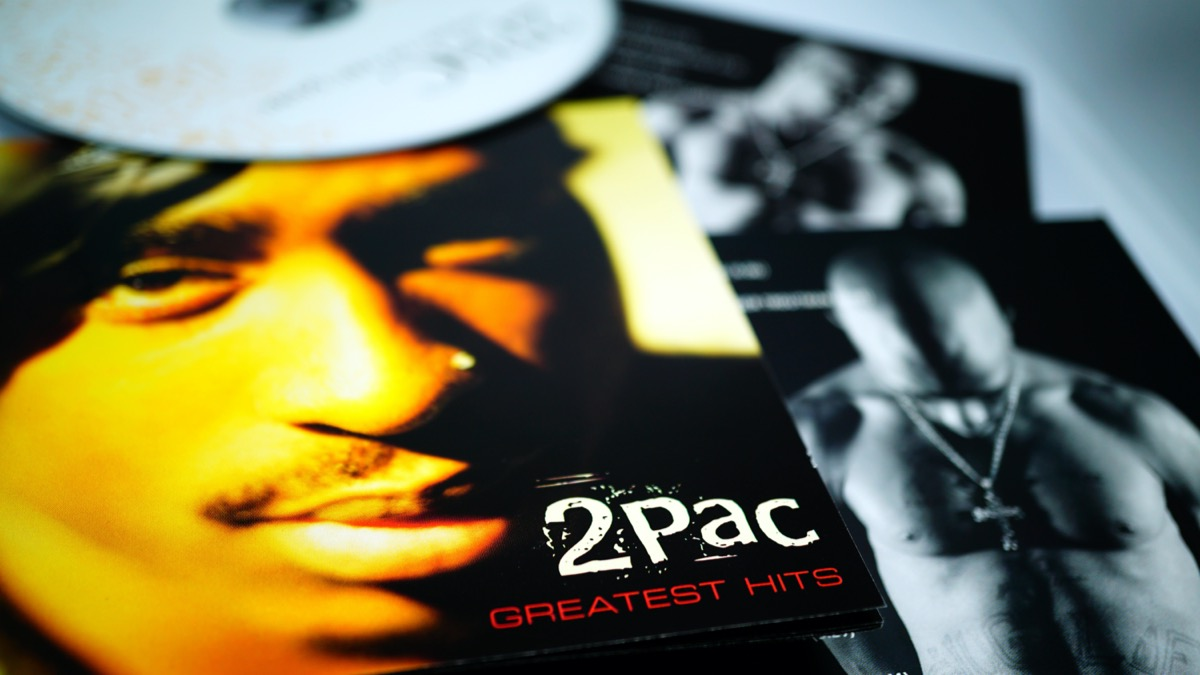 Tupac Greatest Hits CD liner