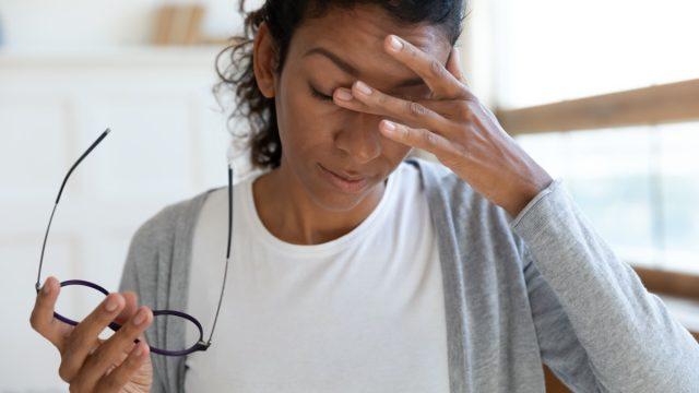 Woman having dizzy spell