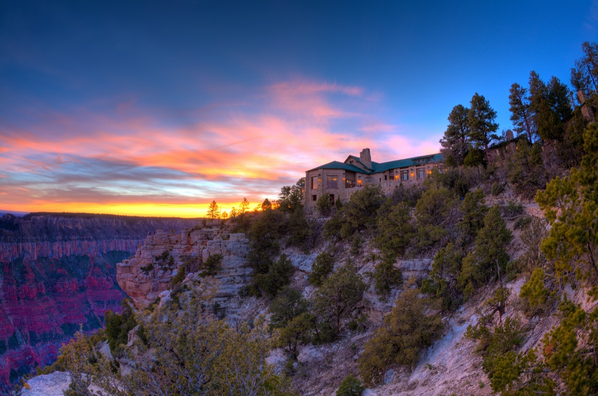 lodge overlooking the grand canyon at sunset