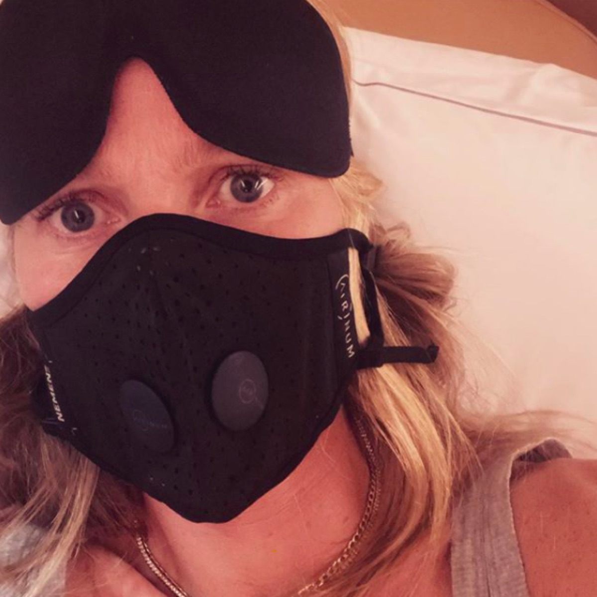 Gwyneth Patrow Instagram mask selfie