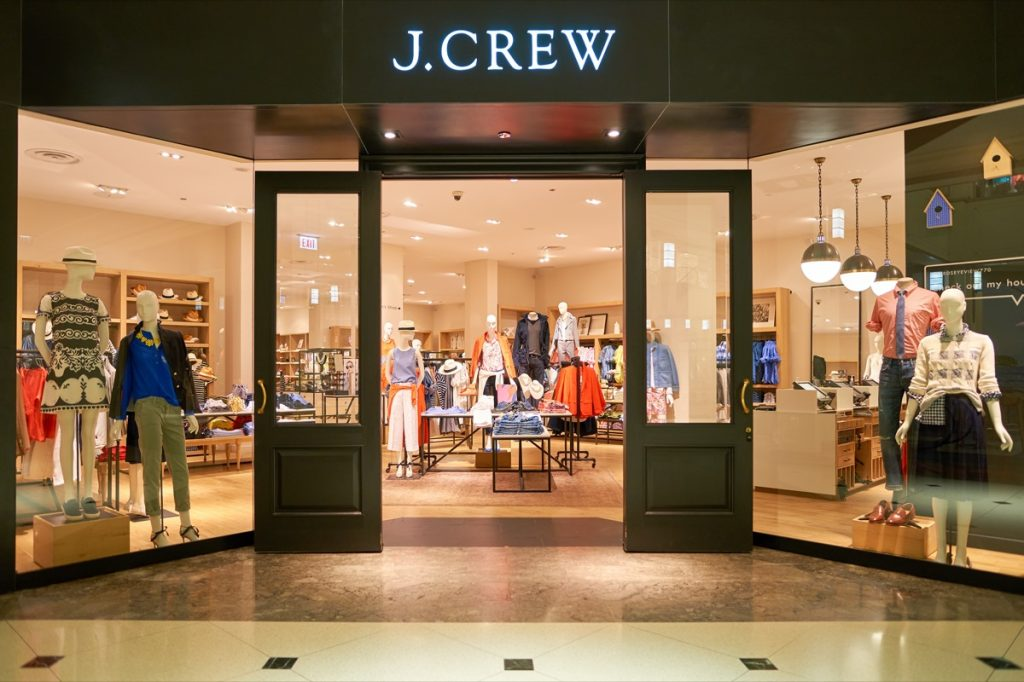 j crew store exterior entrance