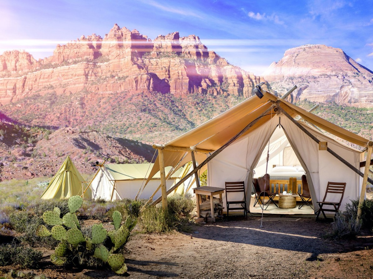 luxury glamping tent at under canvas zion