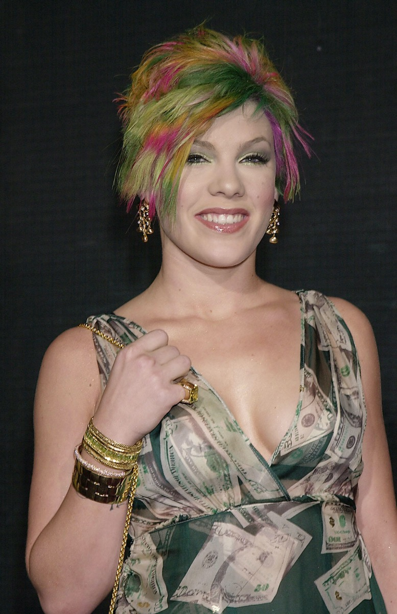 Pink at 2000 Billboard Music Awards