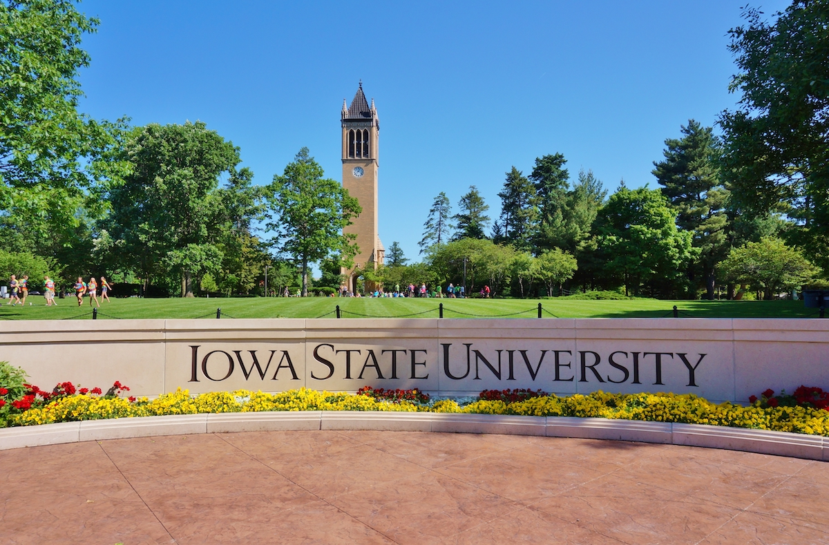 stone sign at the entrance of iowa state university