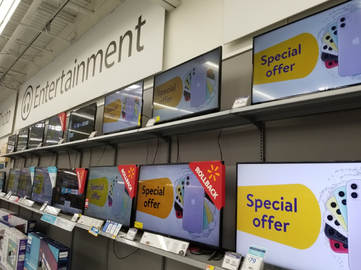 tv sets at walmart with screens that say special offer