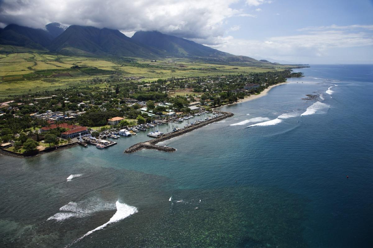 coastline of maui hawaii