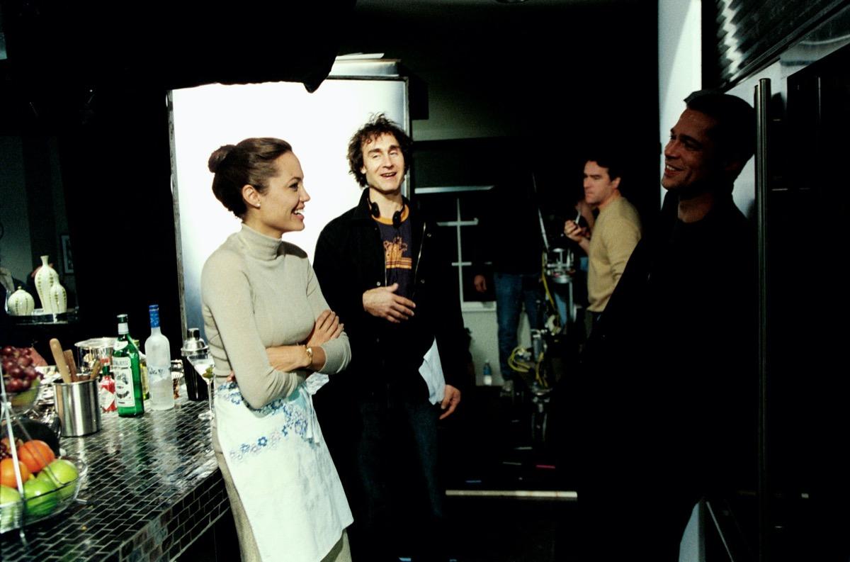 Angelina Jolie, Doug Liman, and Brad Pitt on the set of Mr. and Mrs. Smith