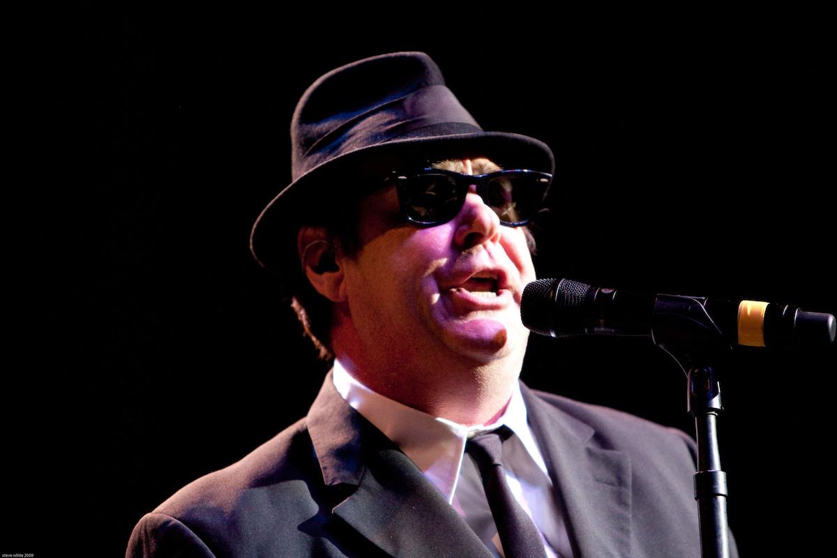 Dan Aykroyd performing as the Blues Brothers