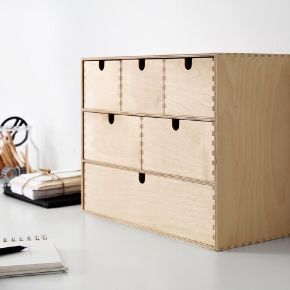 Desk top storage organizer