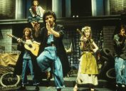 DEXY'S MIDNIGHT RUNNERS UK group in 1980 with Kevin Rowland and Lucy Korgan on violin.