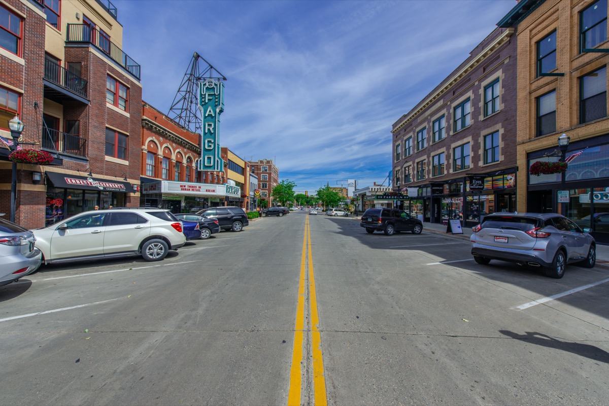 cityscape photo Fargo, North Dakota in the afternoon