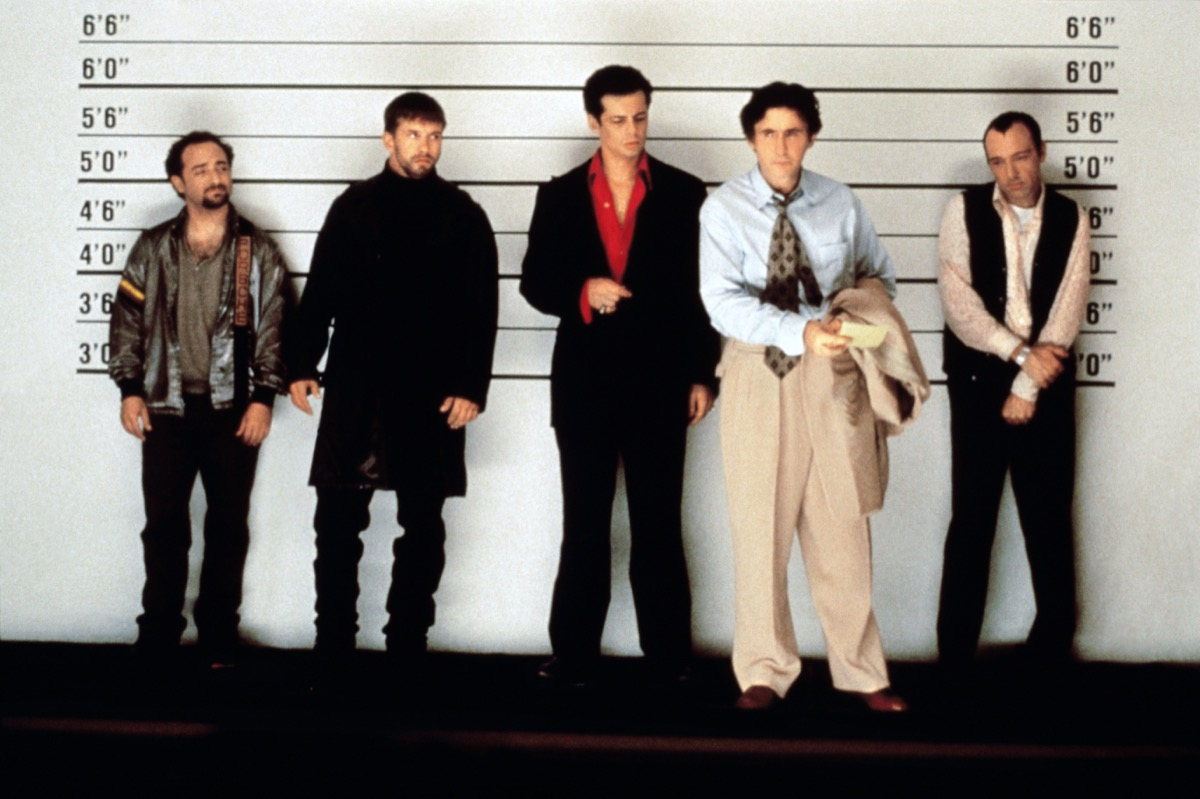 Kevin Pollak, Stephen Baldwin, Benicio Del Toro, Gabriel Byrne, and Kevin Spacey in The Usual Suspects