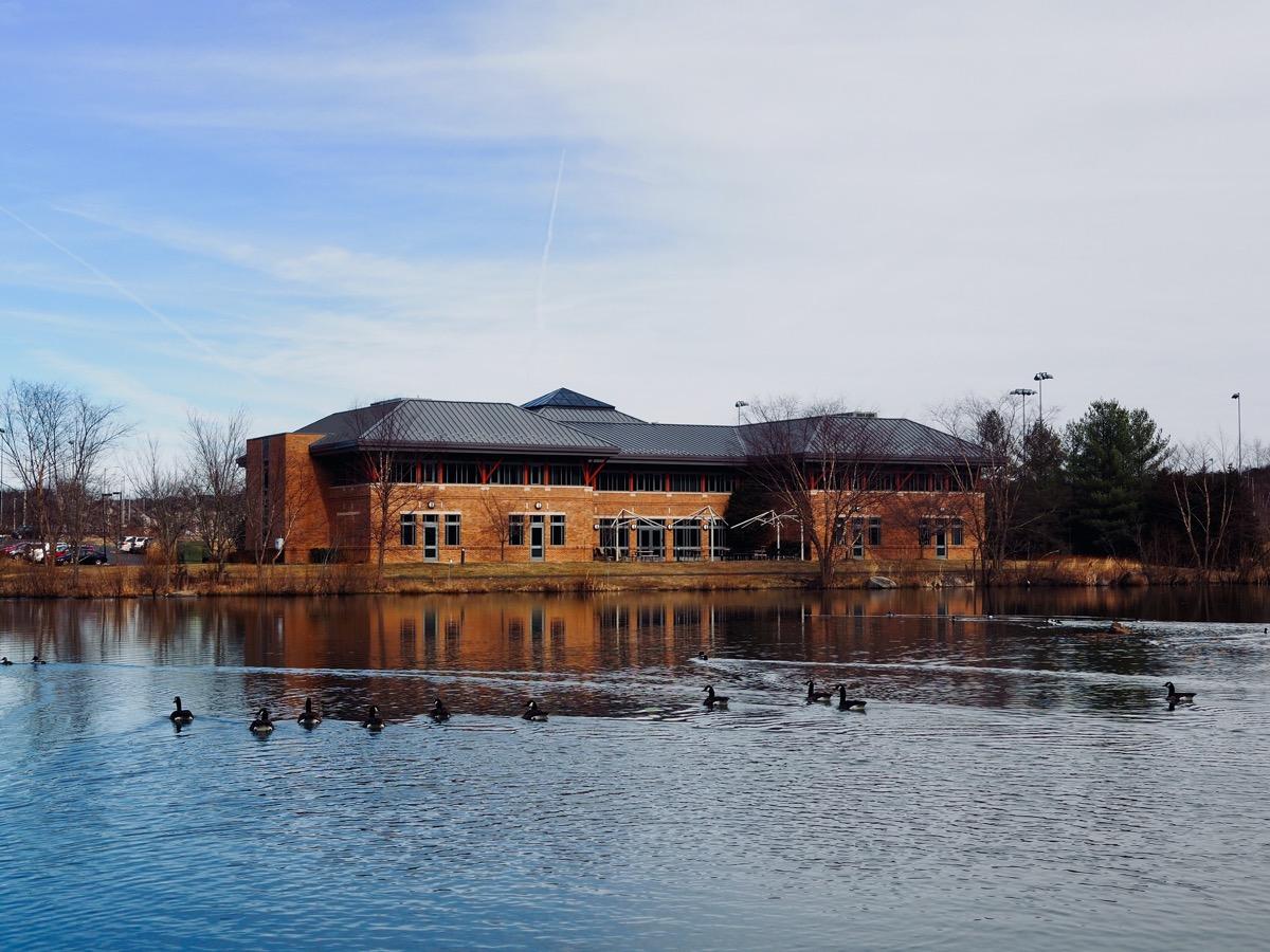 lake in ashburn virginia