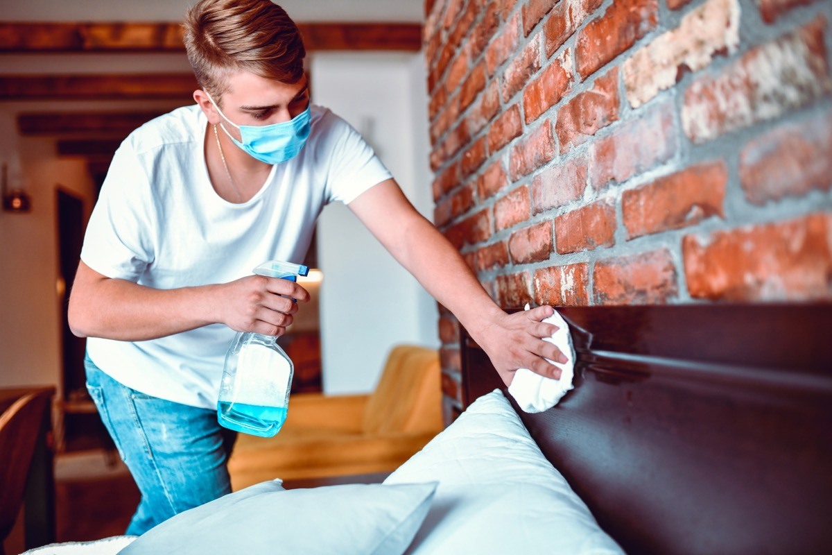 Handsome Male Disinfecting Bed With Towel And Detergent
