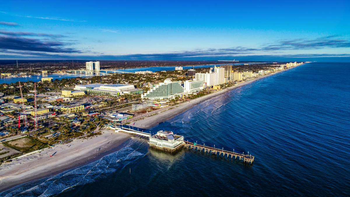 cityscape photo of Daytona Beach, Florida in the afternoon