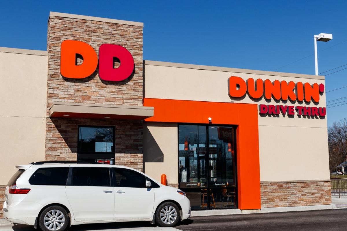 dunkin drive thru with car