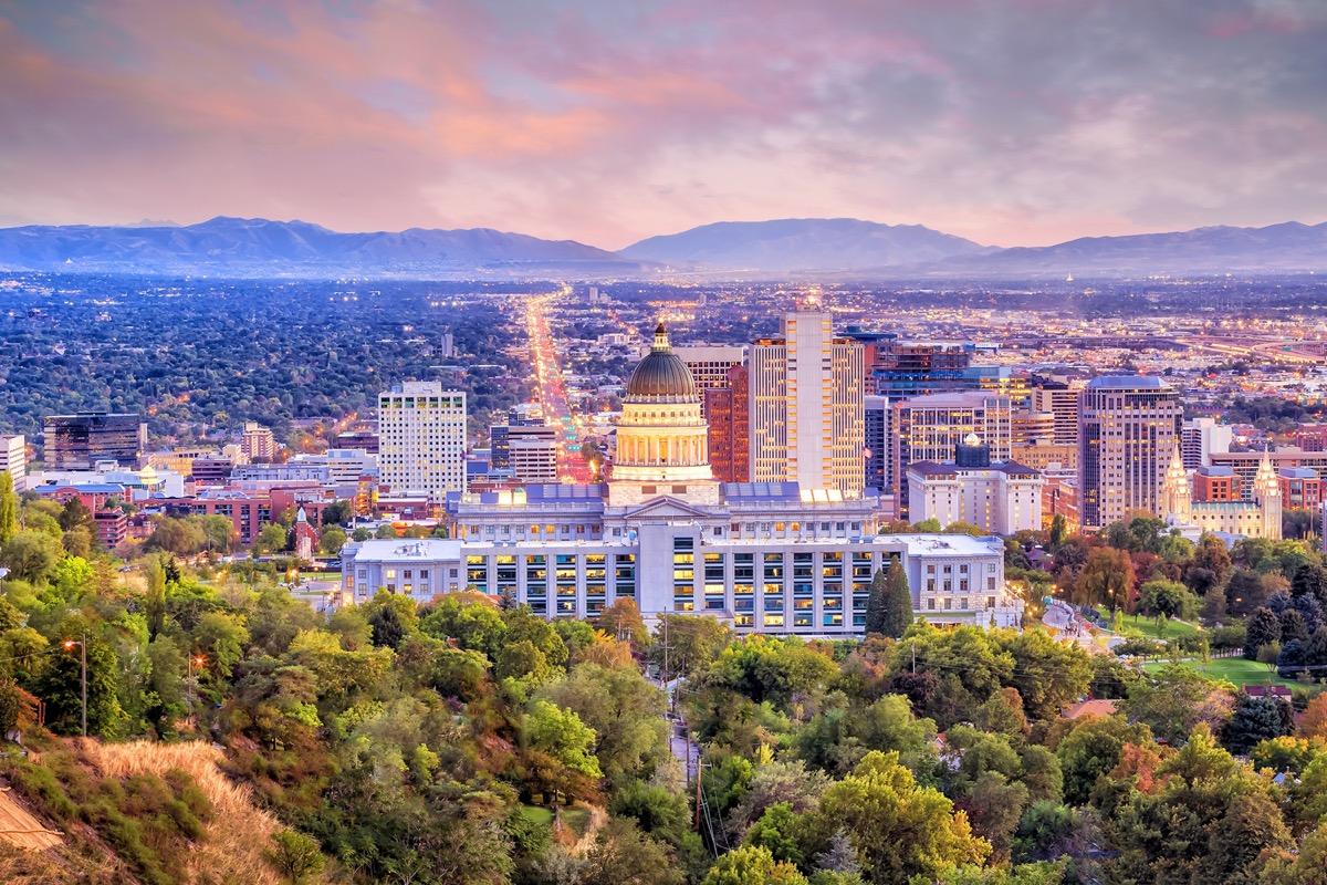 cityscape photo of Salt Lake City, Utah at dusk