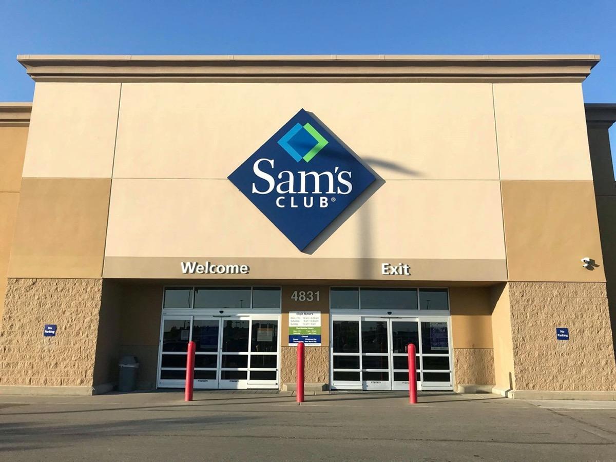 Main entrance of a Sam's Club store in Fargo, North Dakota