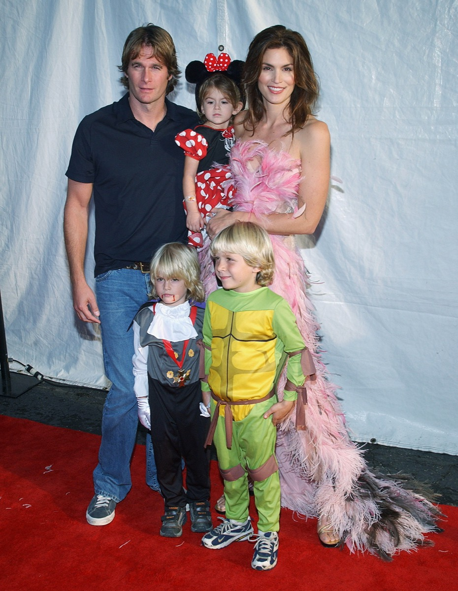 Rande Gerber, Presley Gerber, Kaia Gerber, and Cindy Crawford in 2003