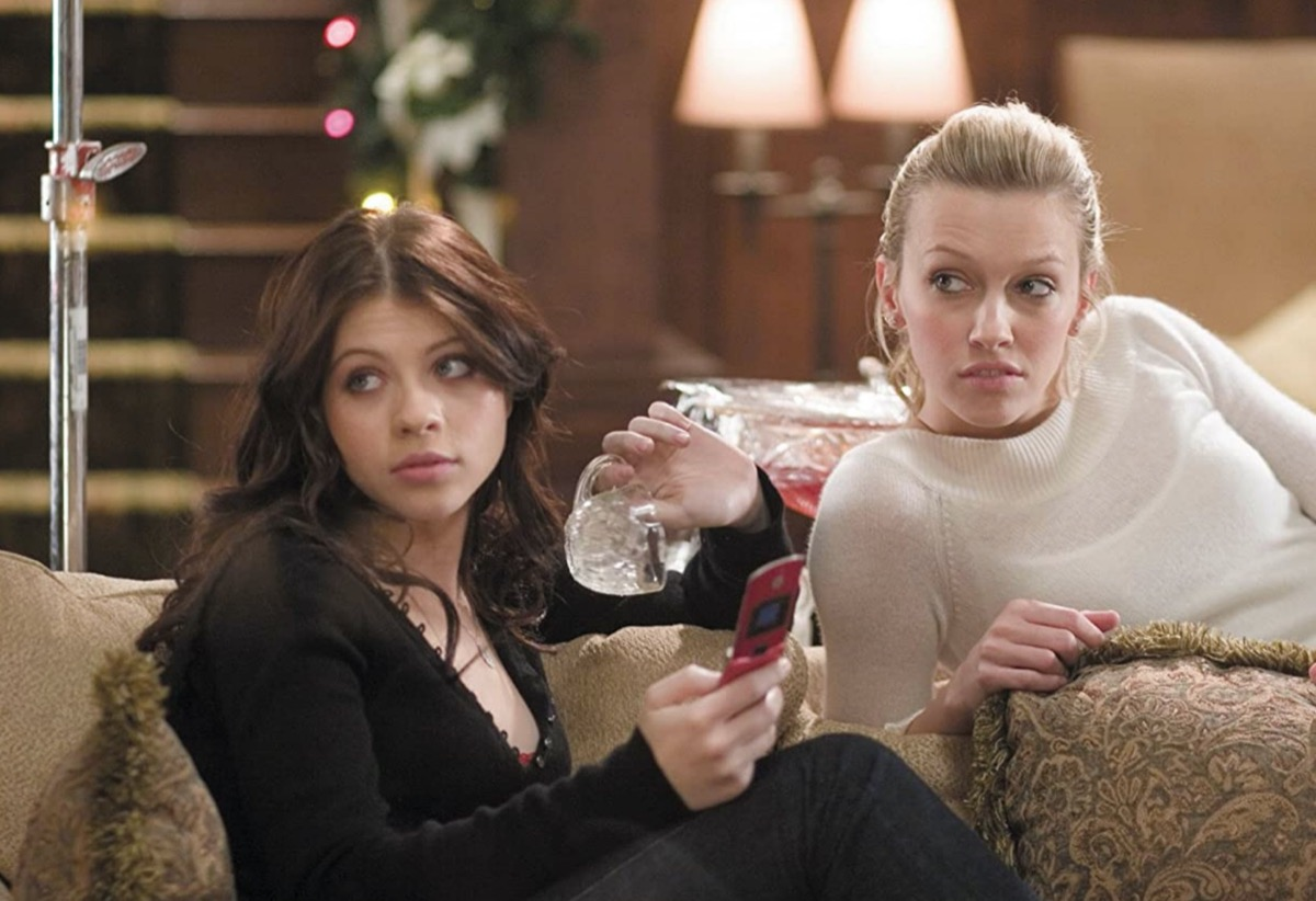 katie cassidy and michelle trachtenberg in black christmas still