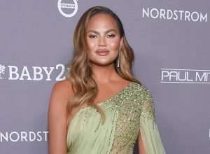 Chrissy Teigen arrives for the 2019 Baby2Baby Gala Presented by Paul Mitchell on November 09, 2019 in Culver City, CA