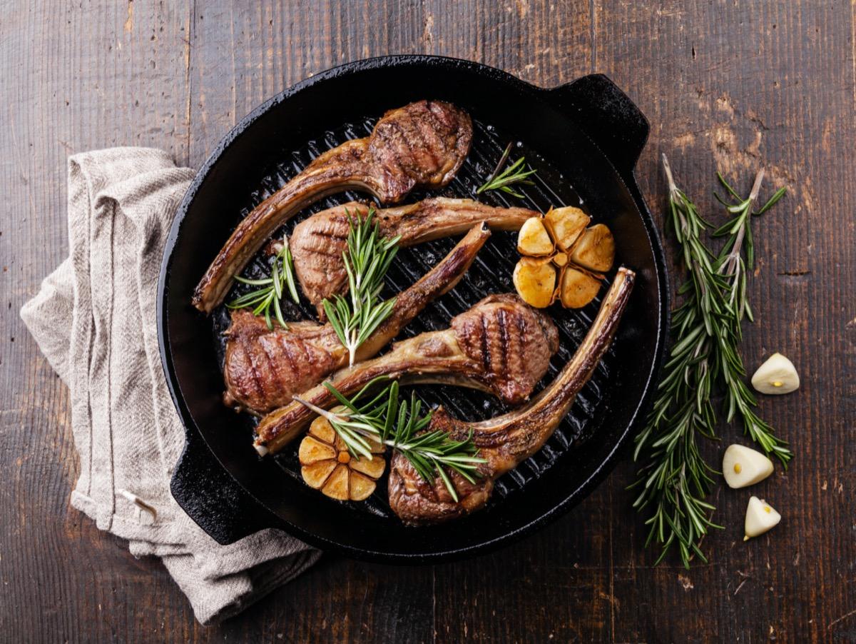 grilled lamb in pan