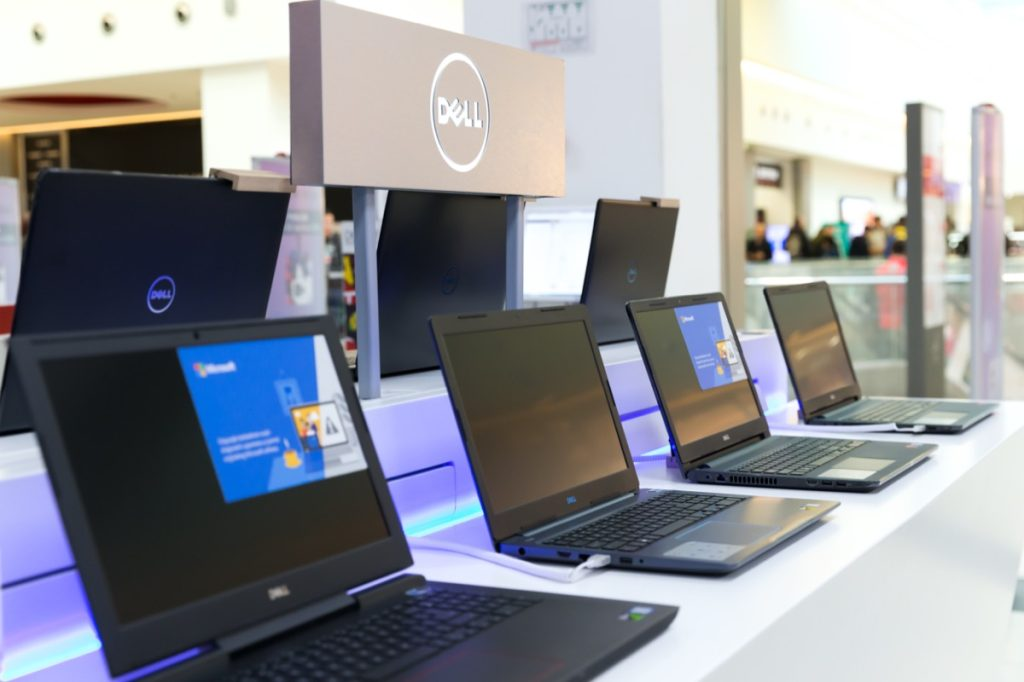 dell computers in store display