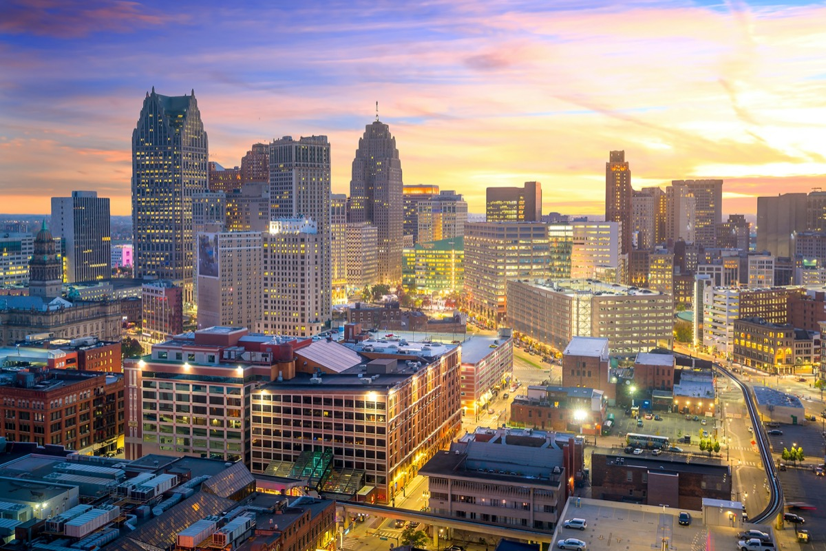 city skyline of buildings in downtown Detroit, Michigan at twilight