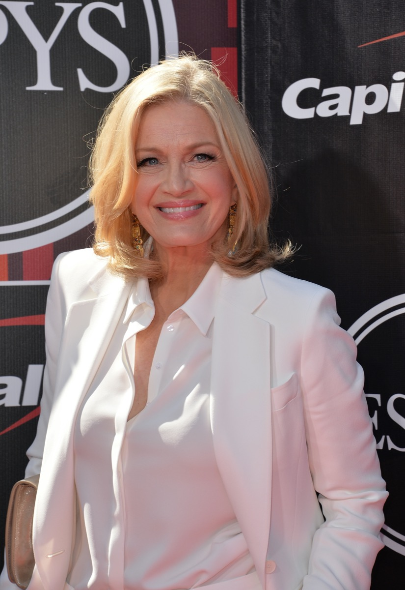 Diane Sawyer wears a white suit at the ESPY Awards in 2015