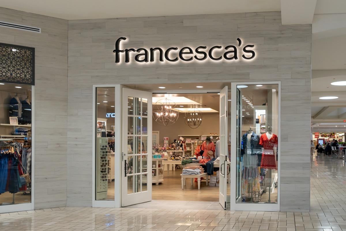 francescas clothing store exterior entrance
