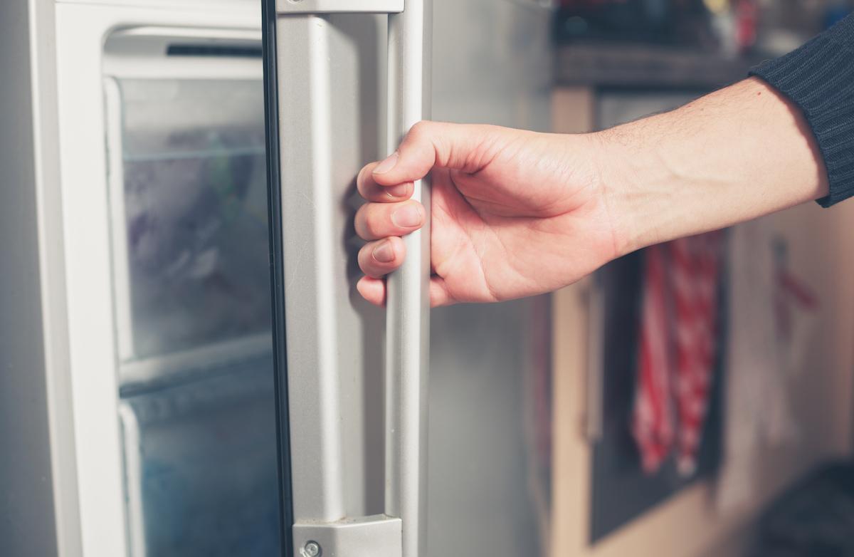hand opening freezer