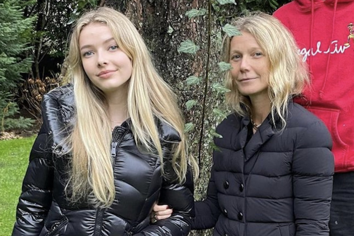 Gwyneth Paltrow with daughter Apple Martin on Thanksgiving 2020